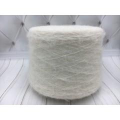 Итальянская пряжа PIURA Brush молочный (Альпака 65%, меринос 10%, па 25%. 800 м./100 гр.)